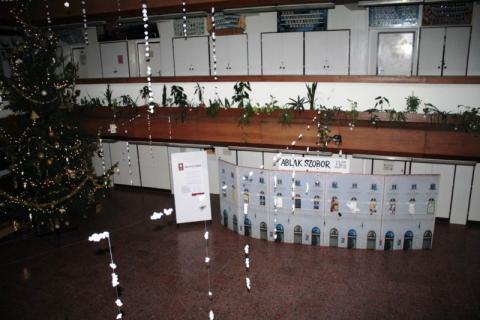 Ablakszobor-makett-kiállítás